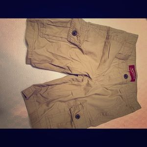 Boys Arizona khaki shorts Size 8
